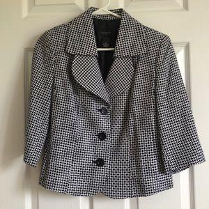 Petite 3/4th Sleeve Patterned Blazer